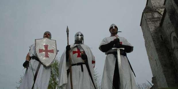 les-croises-ou-chevaliers-du-temple-ont-fait-lobjet-de-nombreuses-fictions-et-evocations-historiques.jpg