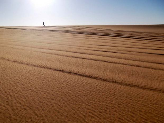 solitude-dans-le-desert-0.jpg