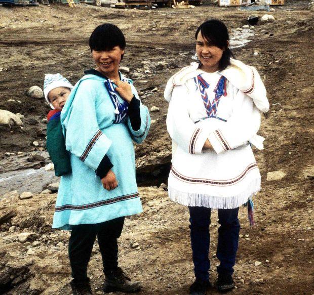 Inuit_Amautiq_1995-06-15-1.jpg