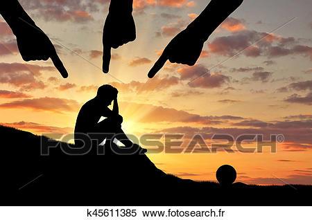 abus-enfant-et-violence-banques-de-photographies__k45611385.jpg
